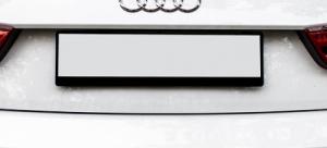 Nummernschildhalter bedrucken